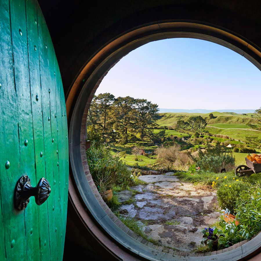 10 Day Hobbit Country <br>Guided Tour