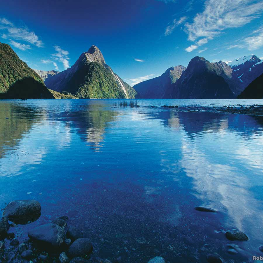 Milford Sound boat tour New Zealand