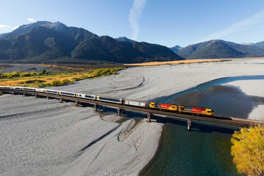 tranzalpine escorted tours south island new zealand